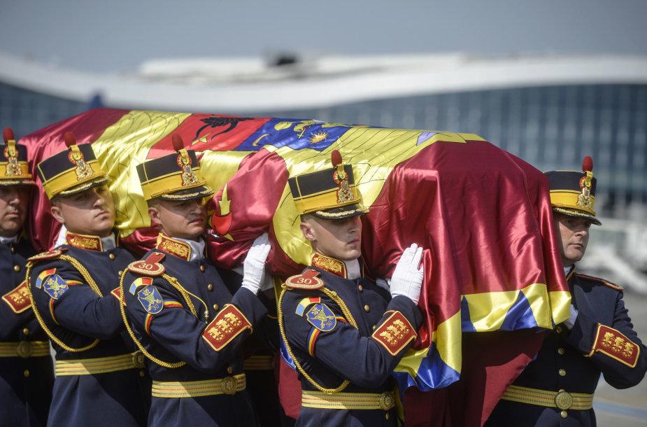 Buvusio Rumunijos karaliaus žmonos Anne palaikai atgabenti į Bukareštą
