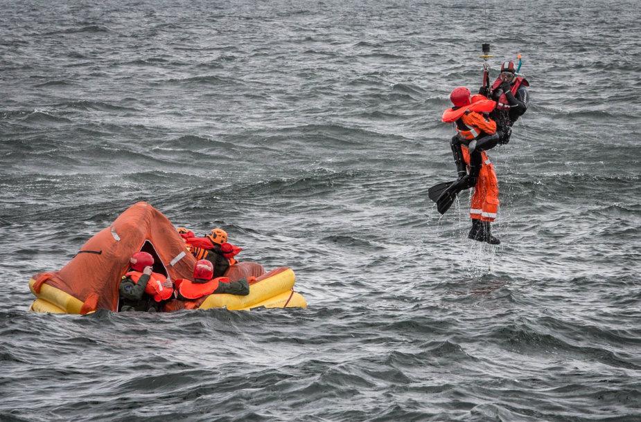 """Tarptautinės išgyvenimo jūroje pratybos """"Baltic Bikini 2016"""""""