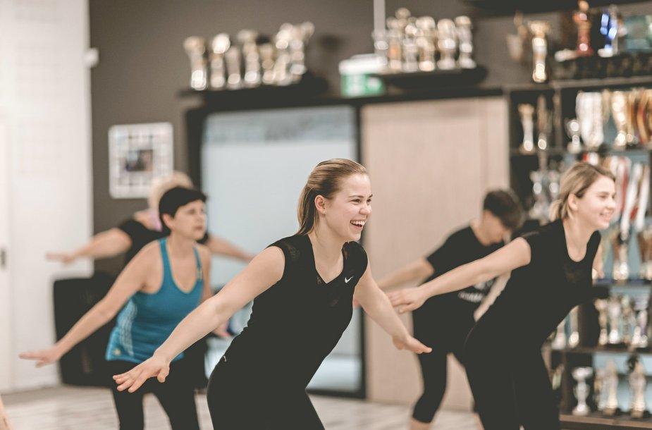 Neringos Kirklienės šokių studija