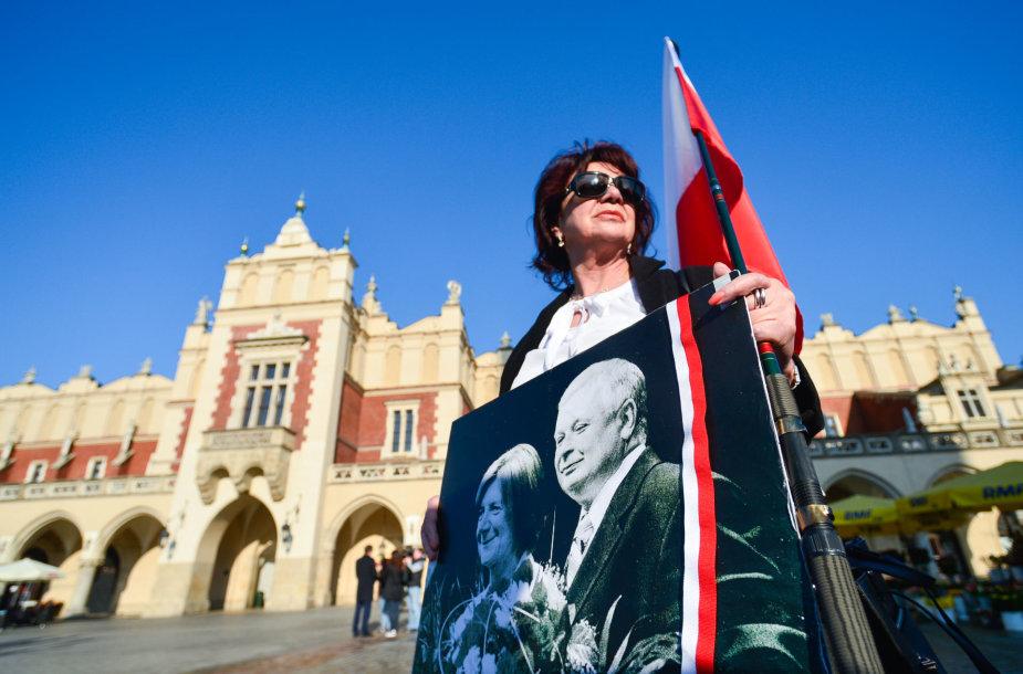 Lenkija mini prezidentinio lėktuvo katastrofos Rusijoje 7-ąsias metines