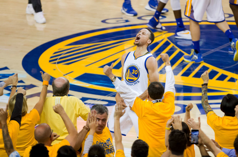 Stepheno Curry triumfas