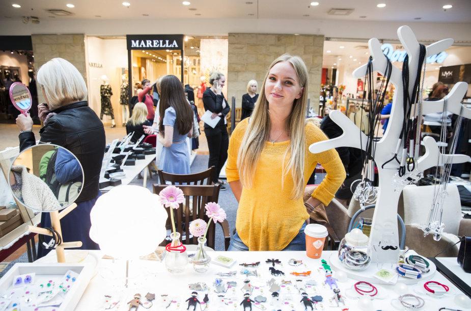 """""""Fashion Vilnius SHOP"""" galima įsigyti jaunų dizainerių kūrinių"""
