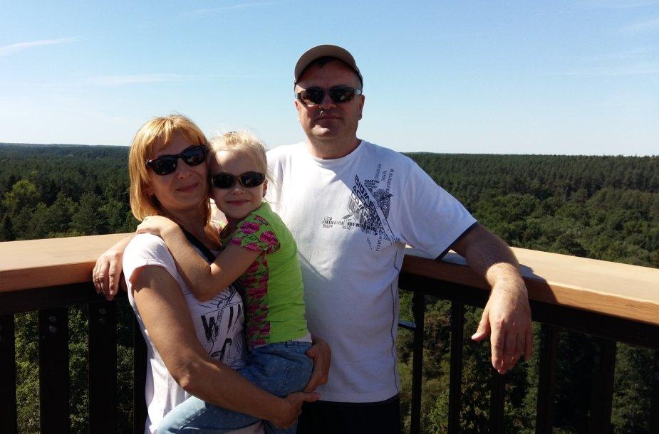 Vita Budreckienė su vyru ir dukra