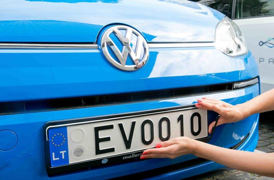 Pirmieji numeriai, skirti elektromobiliams