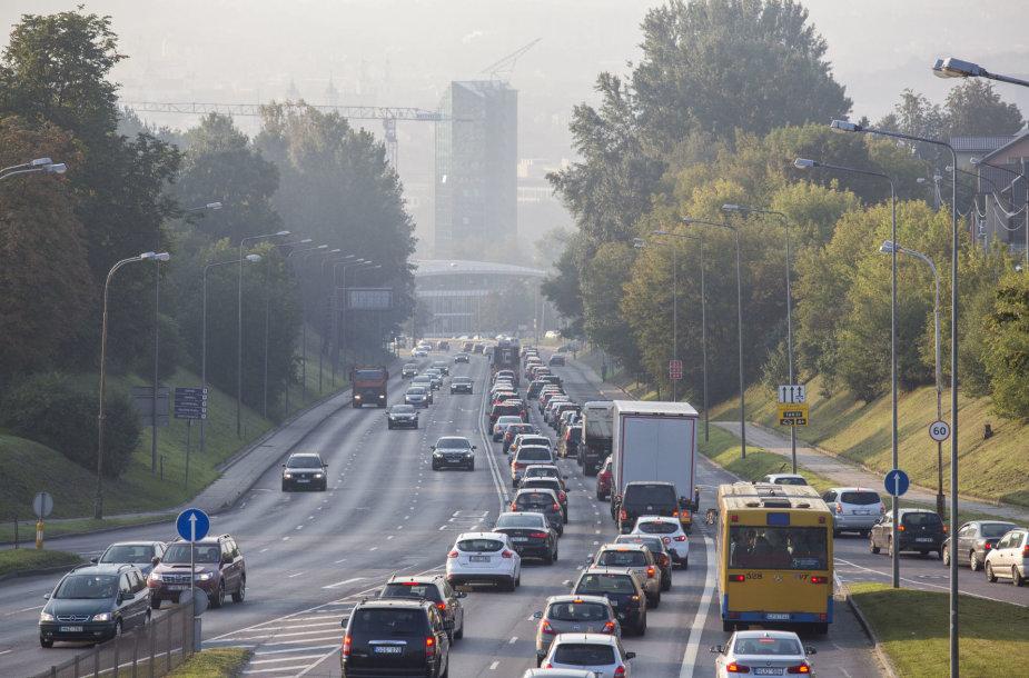 Rytinės eismo spūstys Vilniuje