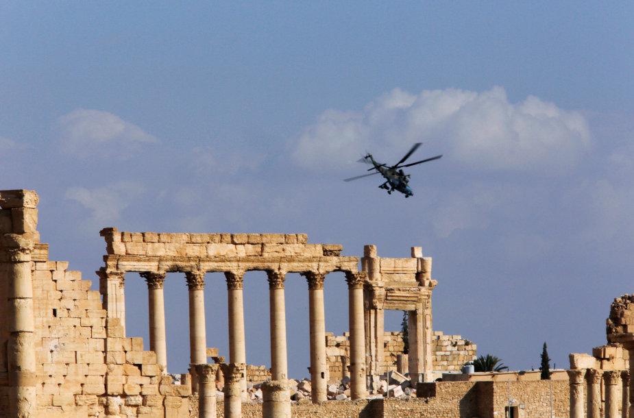 Sugriautas Palmyros miestas Sirijoje