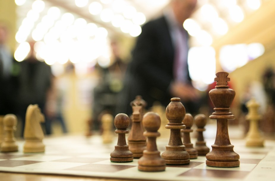 Garis Kasparovas susirėmė su aštuoniais jaunaisiais Lietuvos šachmatininkais