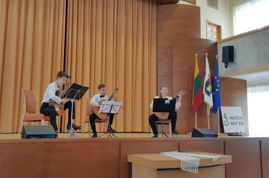 Akimirka iš tarptautinio klasikinės gitaros konkurso