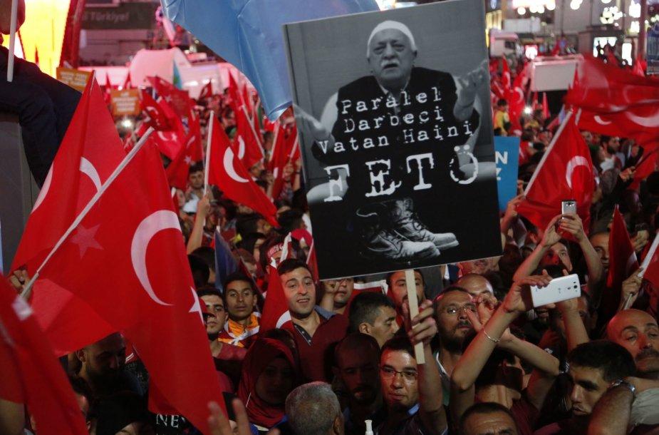Demonstracija prieš Fethullah Guleną Turkijoje