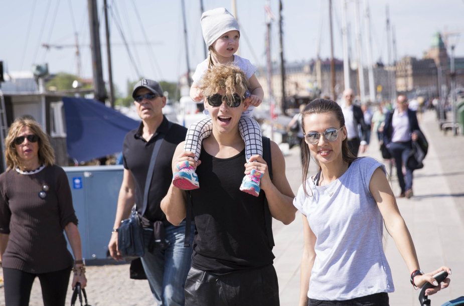 Donato Montvydo pasivaikščiojimo su šeima akimirka