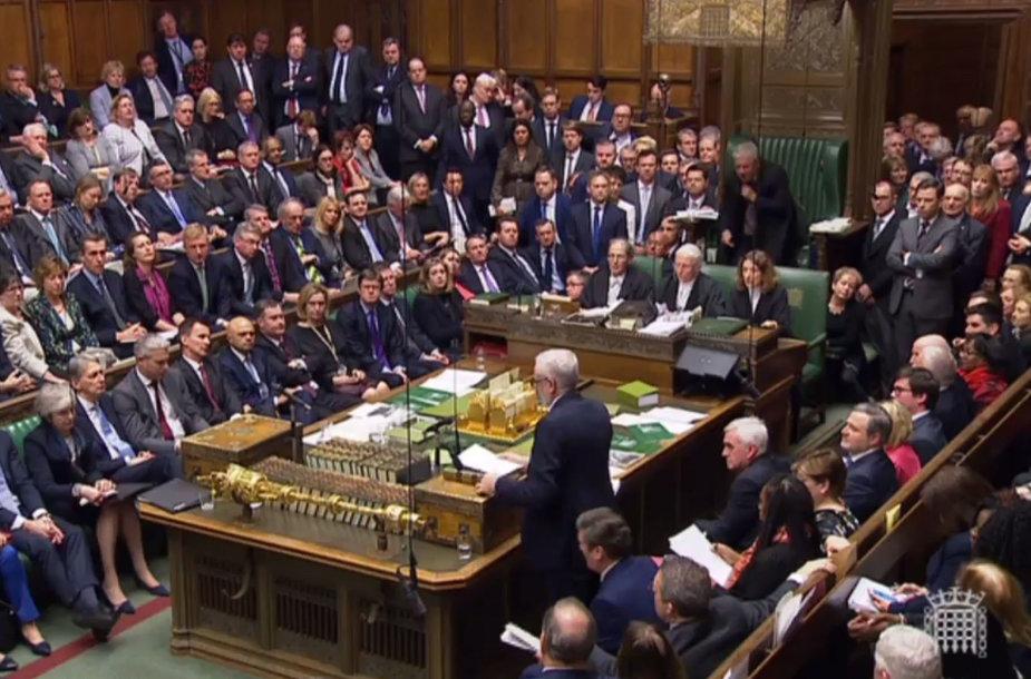 """Jungtinės Karalystės parlamentas apsisprendė dėl """"Brexit"""" sutarties projekto."""