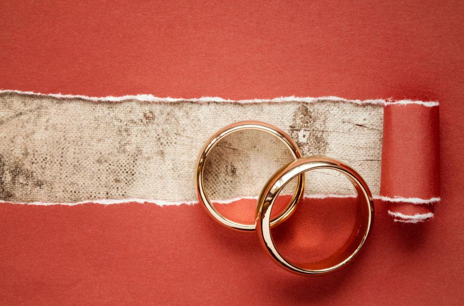 Vestuviniai žiedai.
