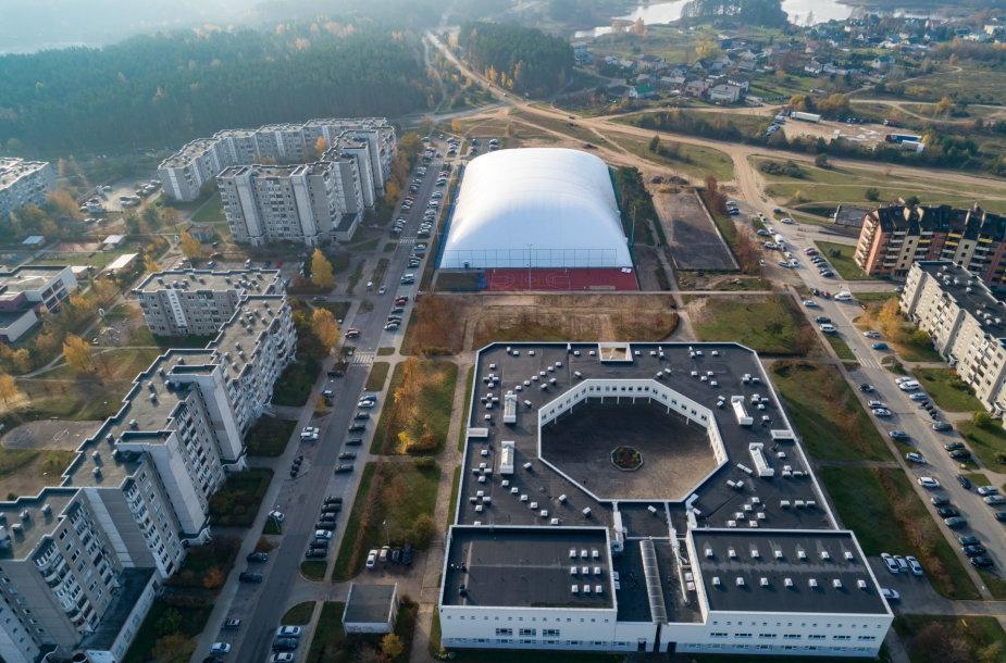 Pripučiamas stadionas Pilaitėje