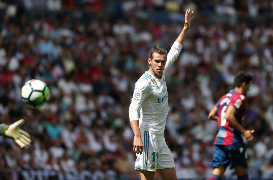 """Garathas Bale'as ir kiti Madrido """"Real"""" futbolininkai liko be pergalės."""
