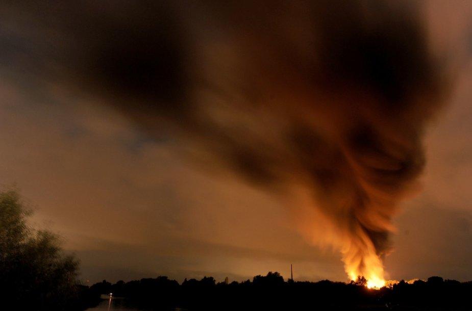 Chemijos gamykloje Šiaurės Vokietijoje nugriaudėjo galingas sprogimas