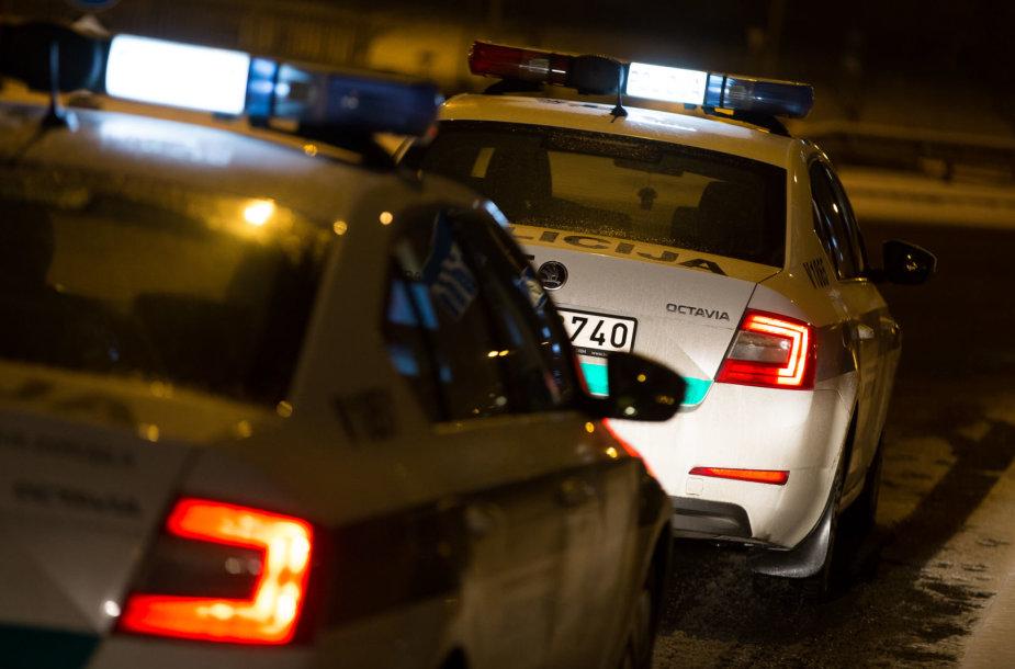 Naktinis policijos reidas