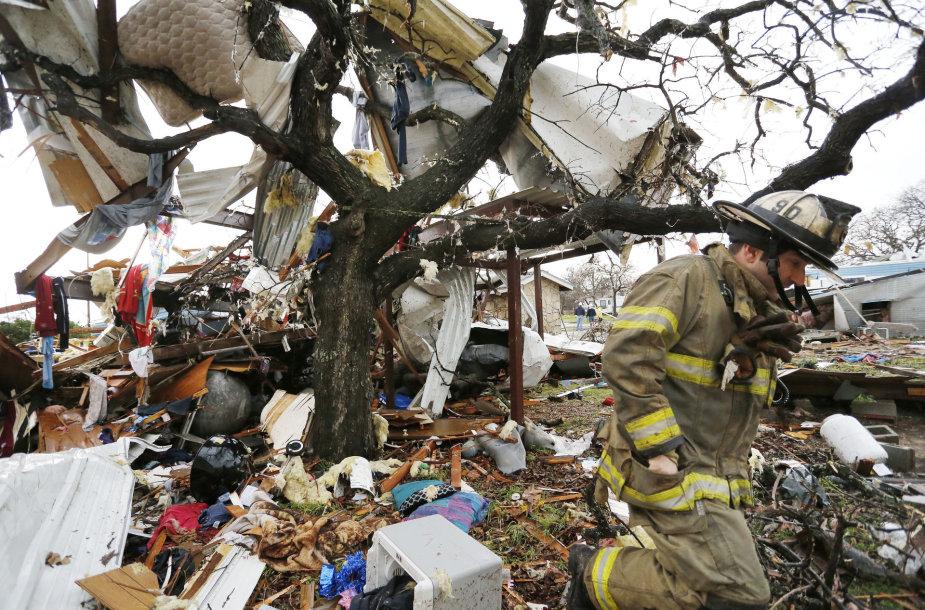 Tornado žala Teksase