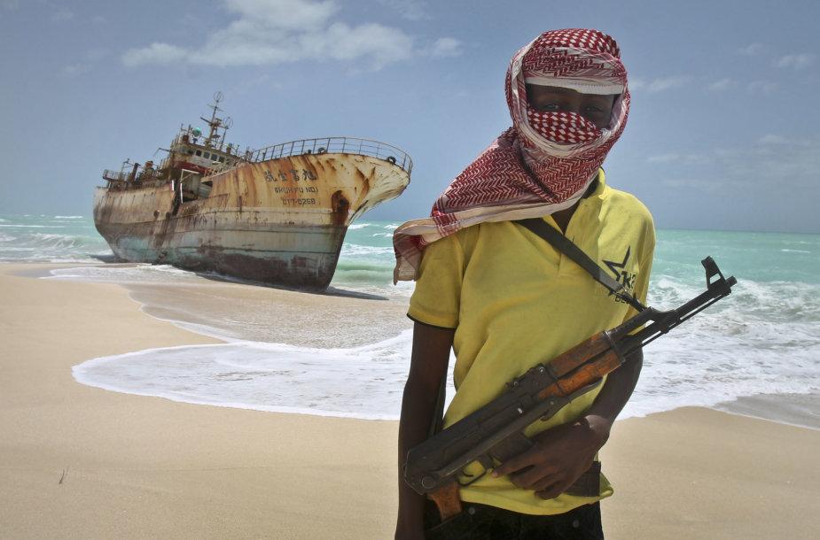 Piratai užpuolė laivą prie Nigerijos