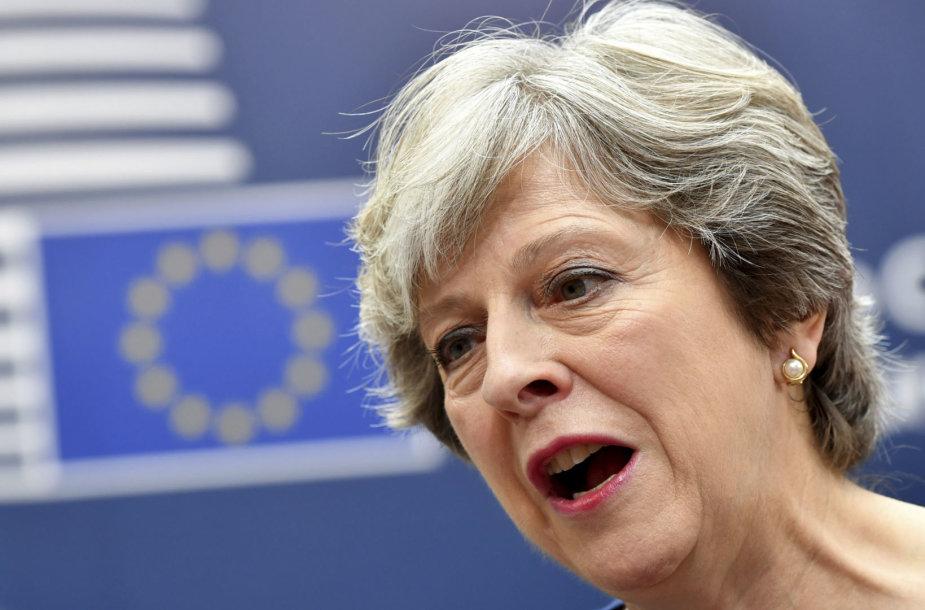 Theresa May ES viršūnių susitikime