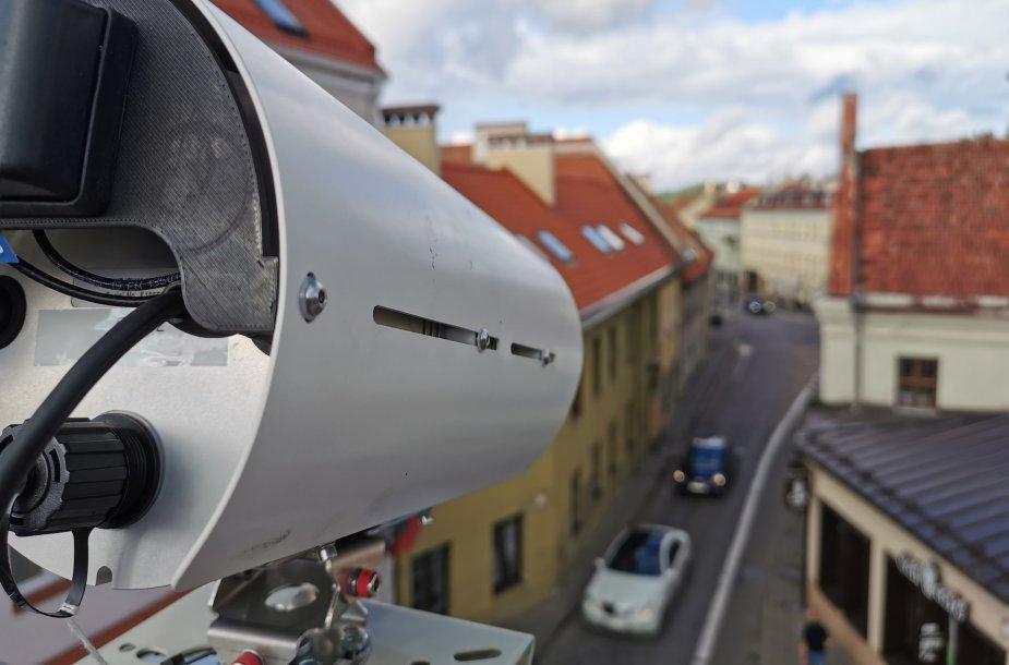 Filmavimo kameros Vilniaus senamiestyje