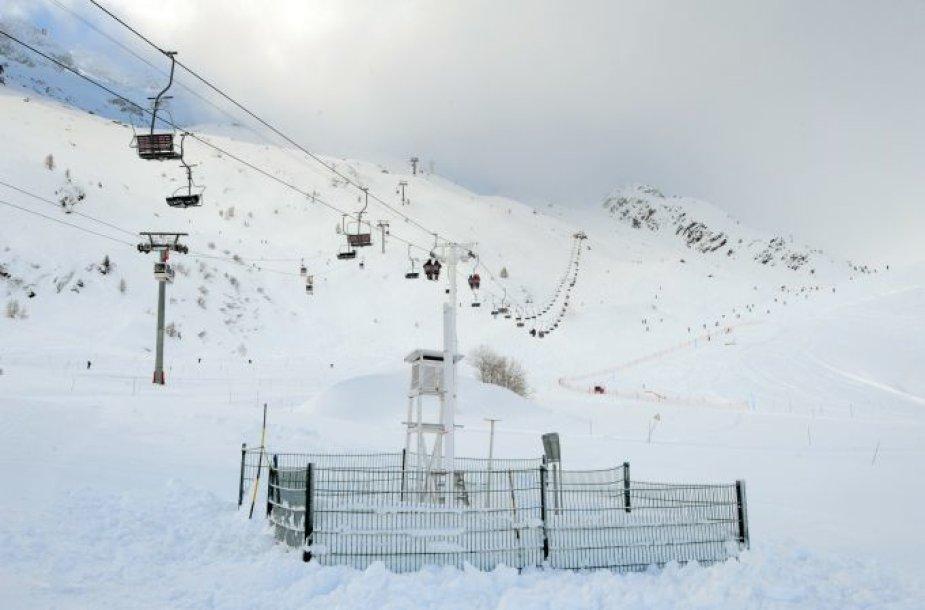 Keltuvai netoli slidinėjimo ir alpinizmo kurorto Šamoni.