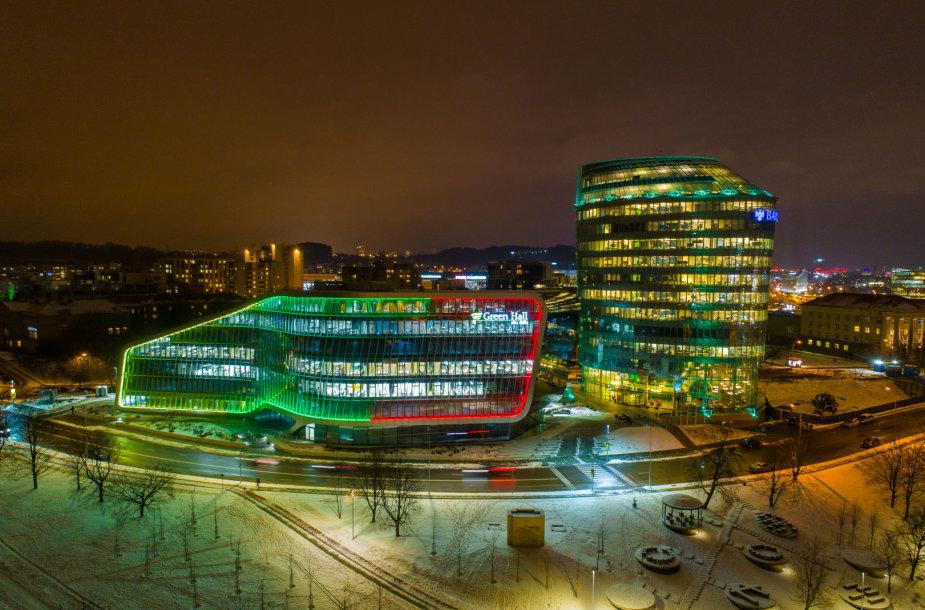 Vilnius pasipuošė Lietuvos šimtmečiui