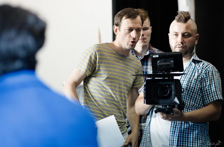 """Filmo """"Sistema"""" filmavimo aikštelėje"""
