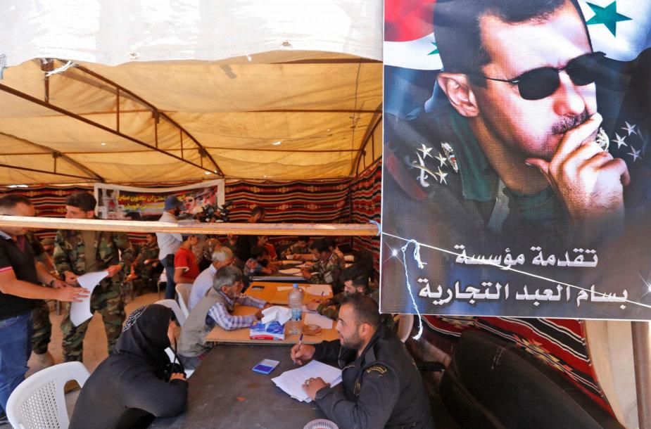Basharo al-Assado plakatas Sirijos ir Libano pasienyje
