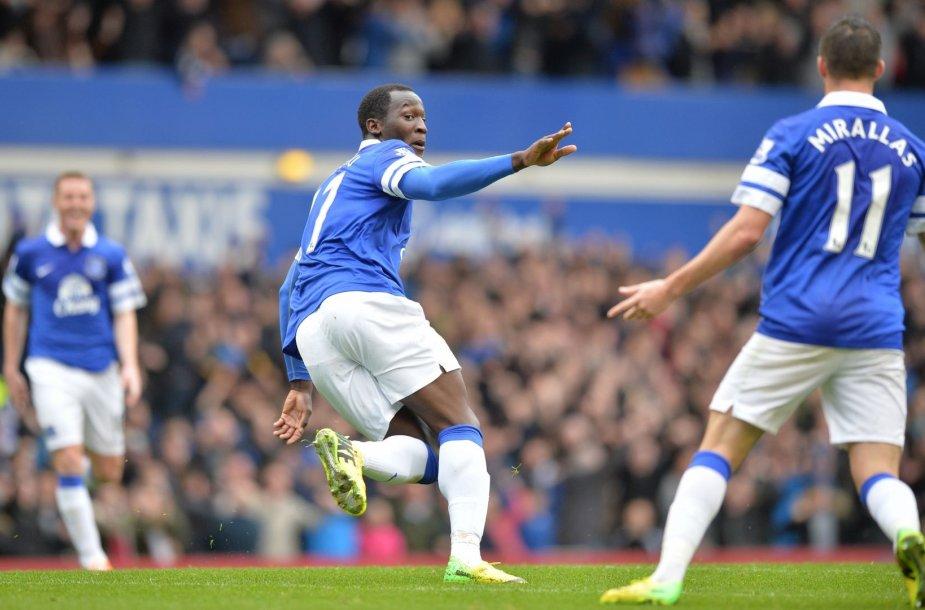 """""""Everton"""" sugebėjo be vargo įveikti """"Arsenal"""" – vieną įvartį pelnė Romelas Lukaku"""