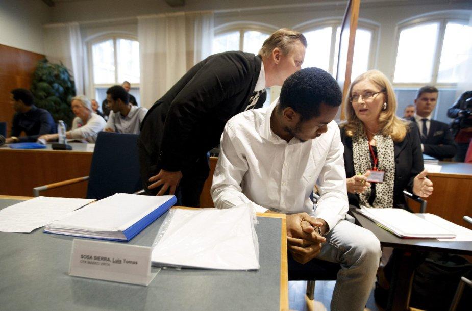 Vienas kaltinamųjų teisme Suomijoje