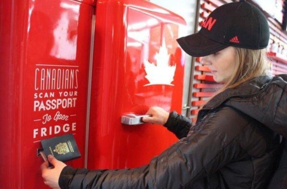 Kanadiečiai į Sočį atsivežė alaus pilną šaldytuvą.