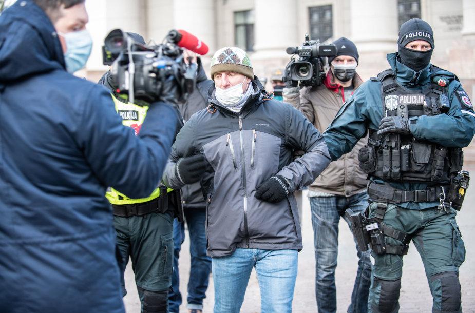 Vilniuje – protestas prieš veido kaukes