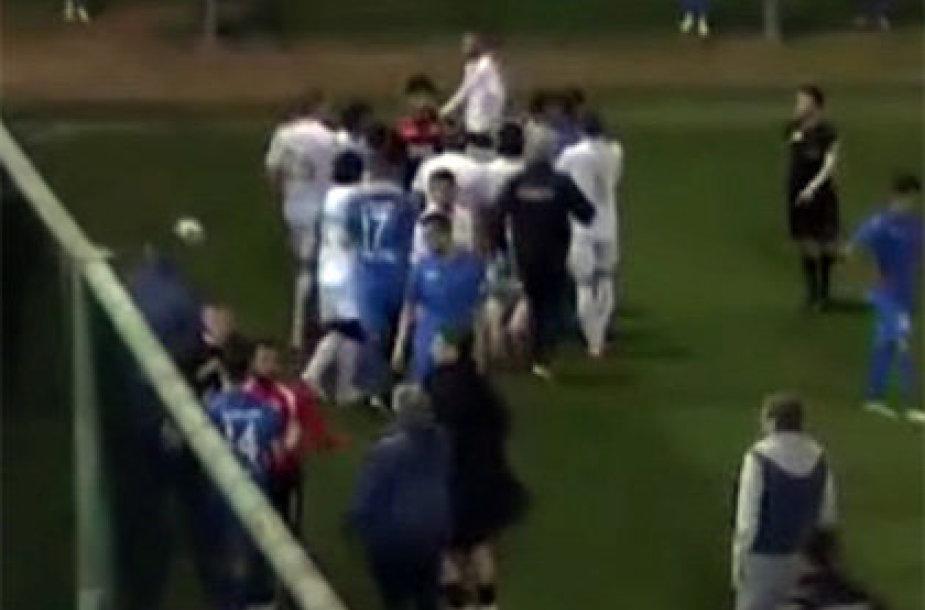 Jerevano ir Sofijos futbolo komandų muštynės