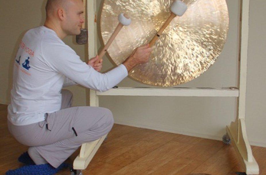 Gongų terapija