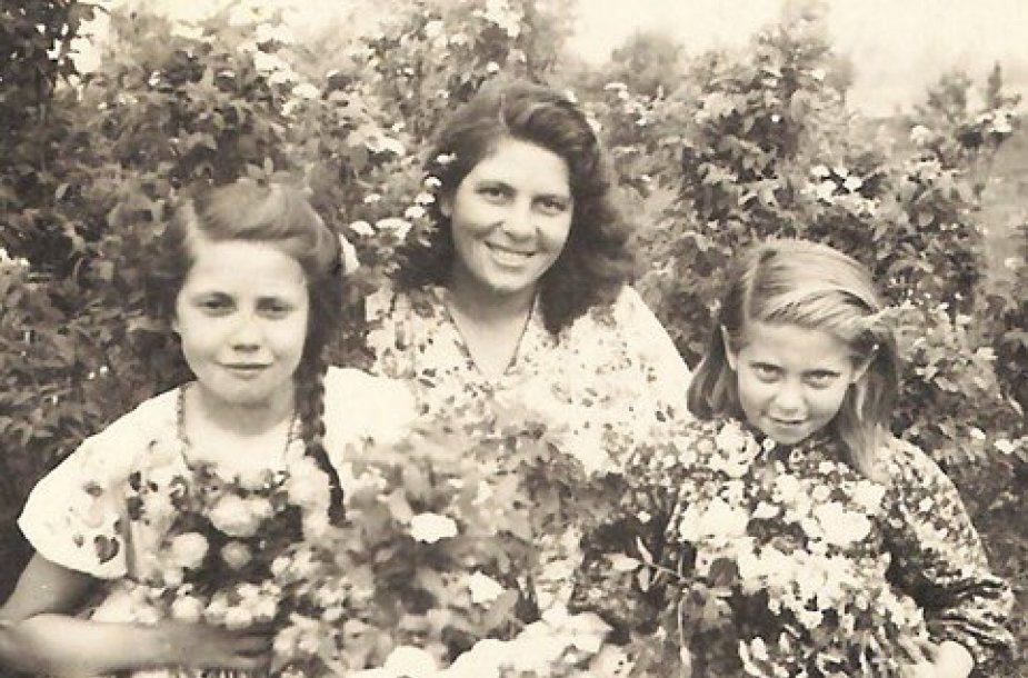 Janina su savo mama