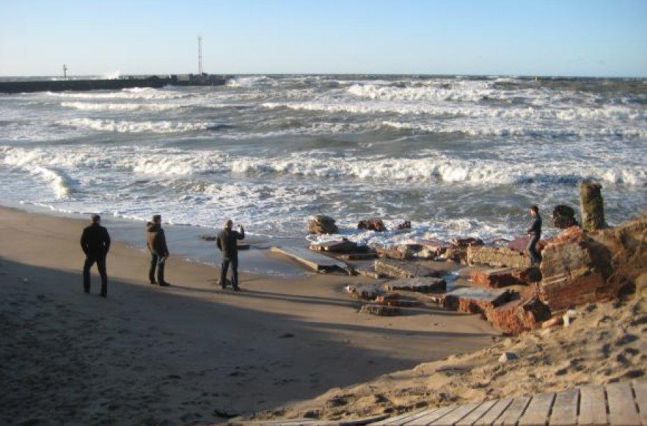 Baltijos jūra ir pirmadienį buvo nerami.
