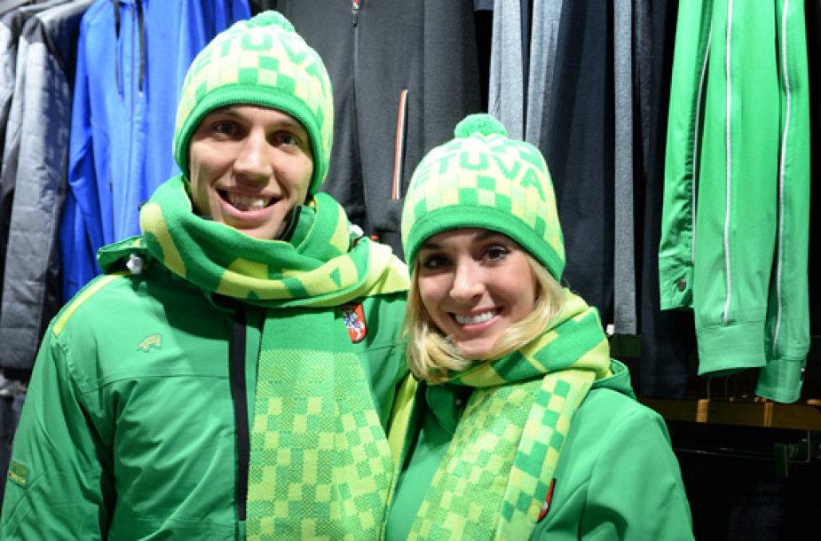 Šokėjai ant ledo I.Tobias ir D.Stagniūnas matuojasi olimpinę aprangą