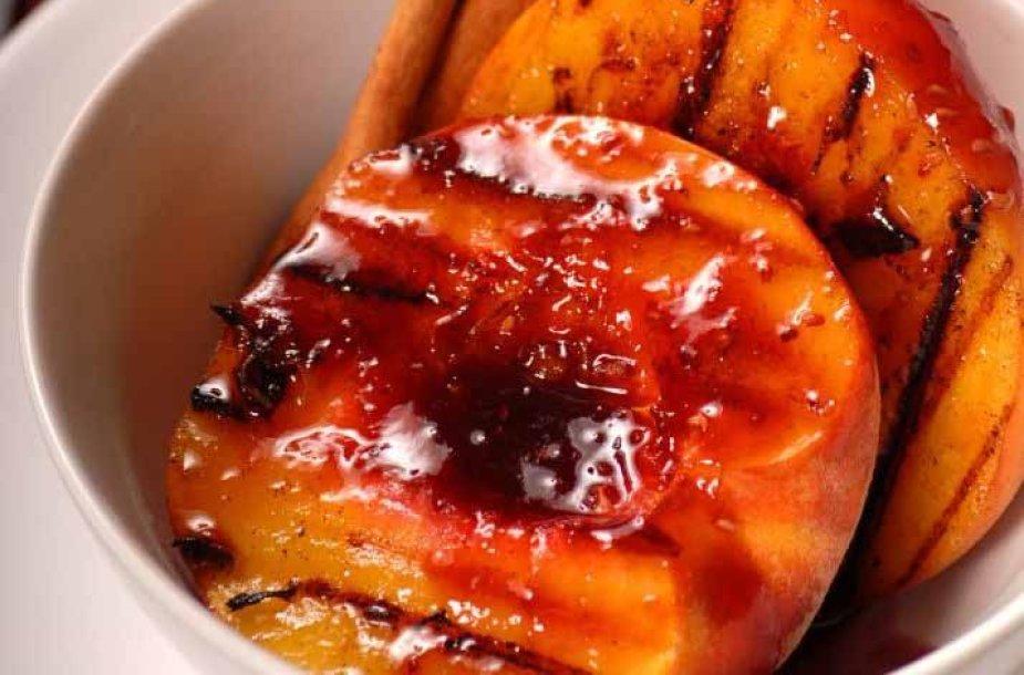 Kepti persikai