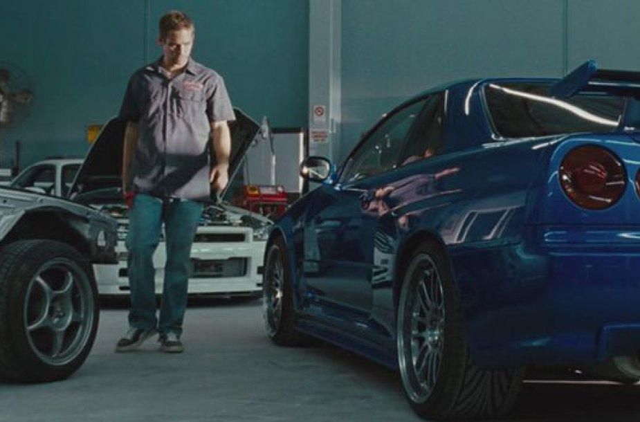 """Nissan GT-R"" filmo scenoje"