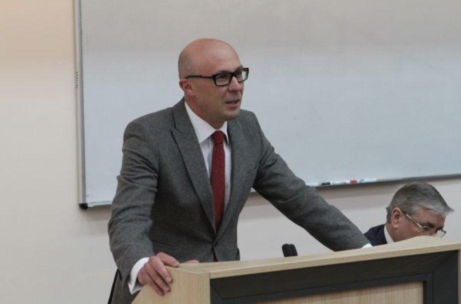 VU TF dekanas prof. dr. Tomas Davulis