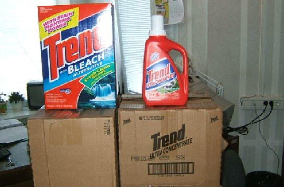 Muitininkai aptiko nelegaliai gabentus skalbimo priemones ir cigaretes.