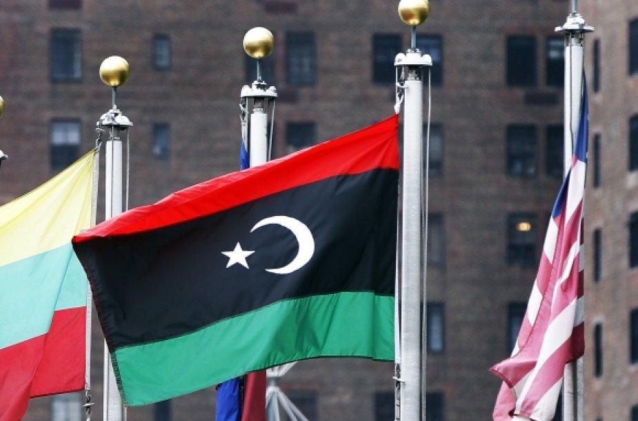 Naujoji Libijos vėliava pakelta ir prie Jungtinių Tautų būstinės Niujorke.