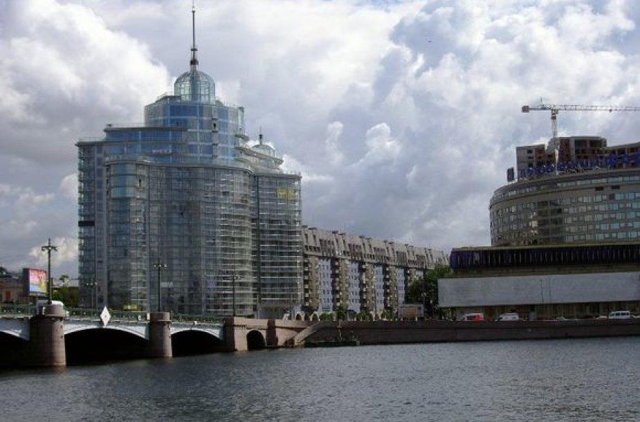 """""""City Service"""" grupė į Rusijos rinką žengė 2006 metais, įsigydama bendrovę Sankt Peterburge."""