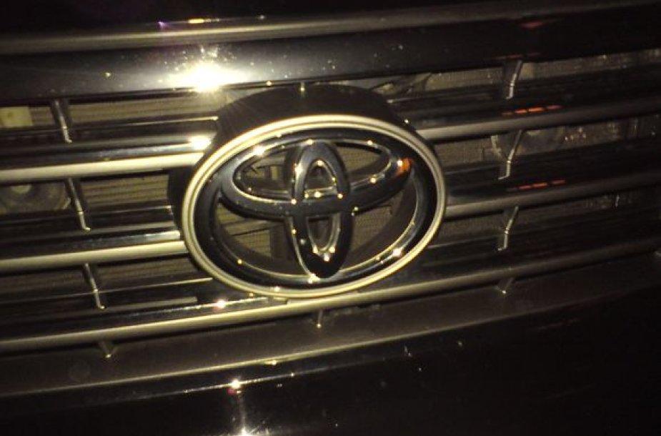 "Visureigio ""Toyota Land Cruiser"" logotipas"