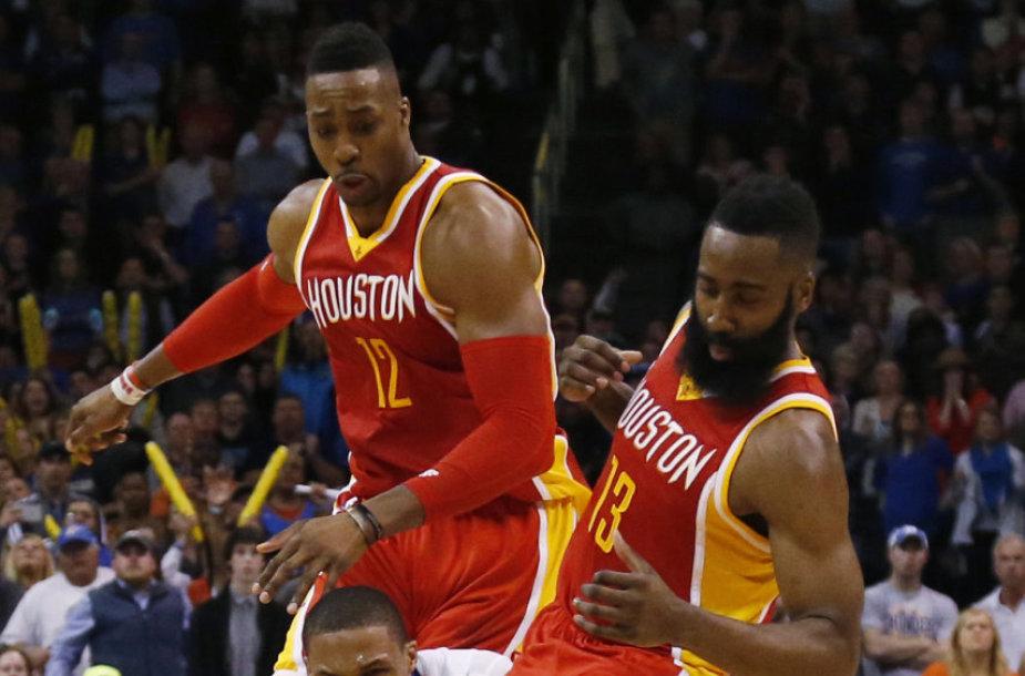 NBA lygos reguliariajame sezone – trečioji iš eilės Donato Motiejūno klubo pergalė.