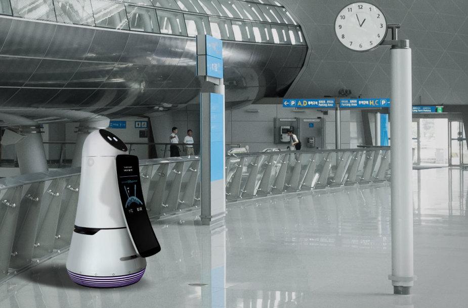 LG robotas - oro uosto gidas