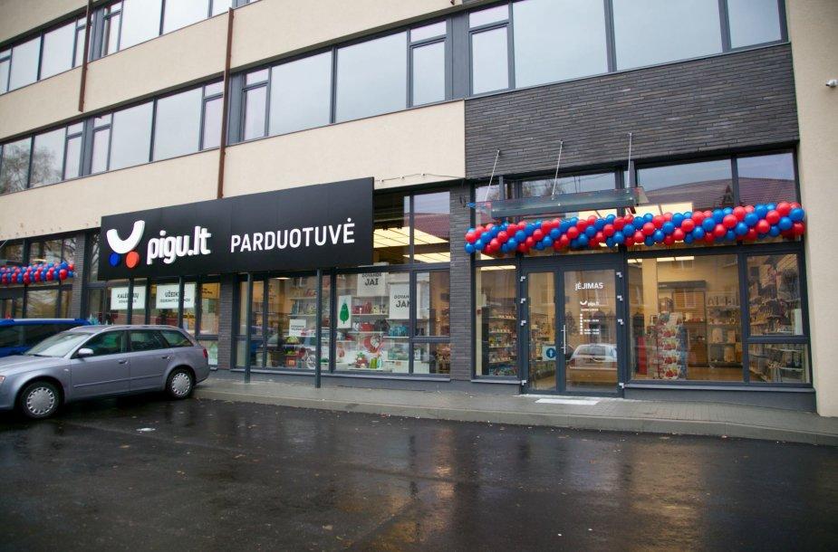 """Internetinė parduotuvė """"Pigu.lt"""" atidarė pirma fizinė parduotuvę"""
