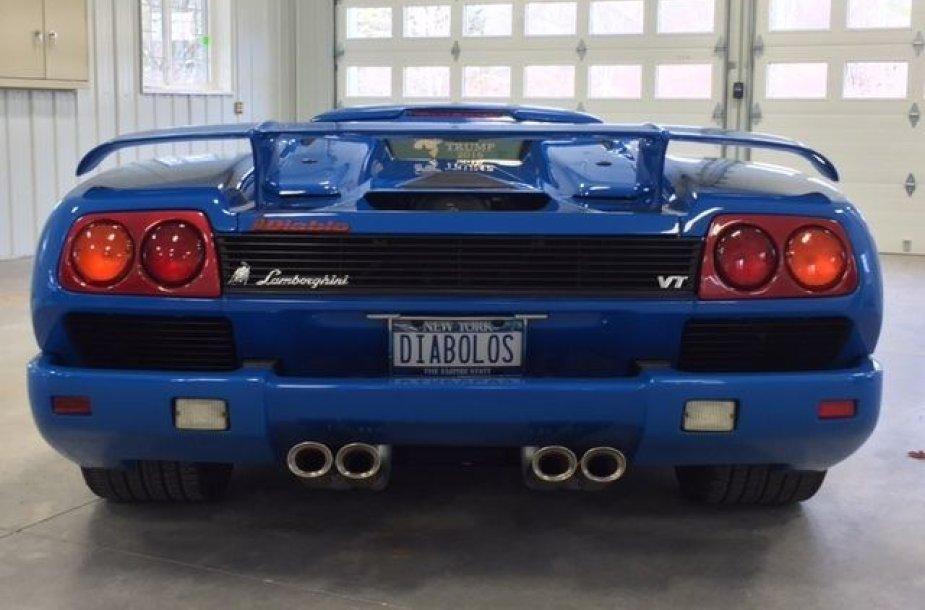 """Donaldo Trumpo """"Lamborghini Diablo VT Roadster""""."""