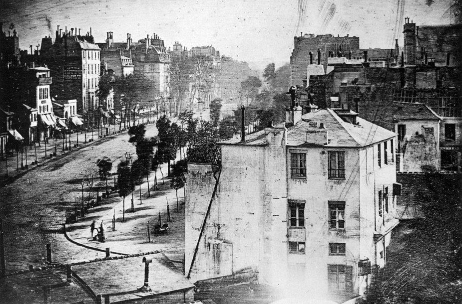 Louise'o Daguerro 1838 m. nuotrauka, kurioje pirmąkart užfiksuotas žmogus