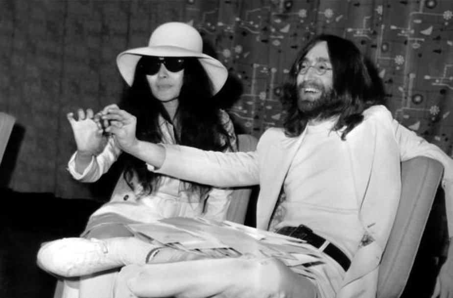 Johnas Lennonas ir Yoko Ono